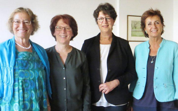 von links: Vorstandsvorsitzende Dr. Rautgunde Lammerer, zweite Vorsitzende Ulrike Leimig, Landtagsabgeordnete Susann Enders, Vorstandsmitglied Angelika Flock / Foto: R. Fischer-Jech